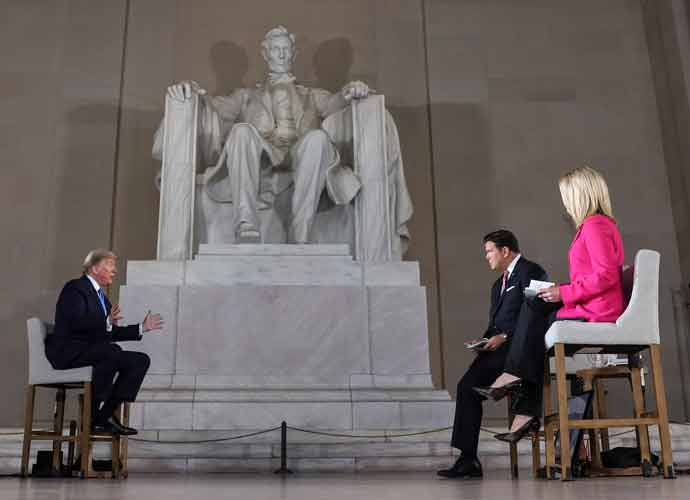 Fox News' Hosts Bret Baier & Martha MacCallum Quarantine After Exposure To COVID-19
