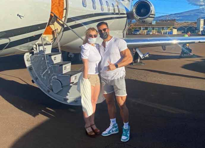 Britney Spears Jets To Hawaii With Boyfriend Sam Asghari To Celebrate Her Birthday