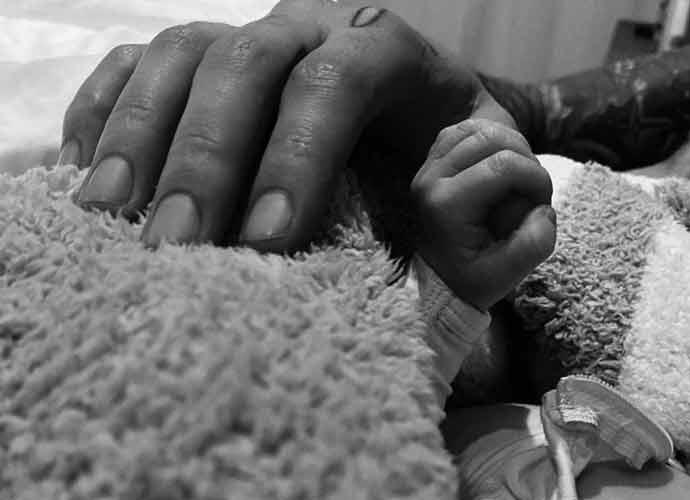 Gigi Hadid Posts Family Photo With Newborn Daughter Malik Hadid