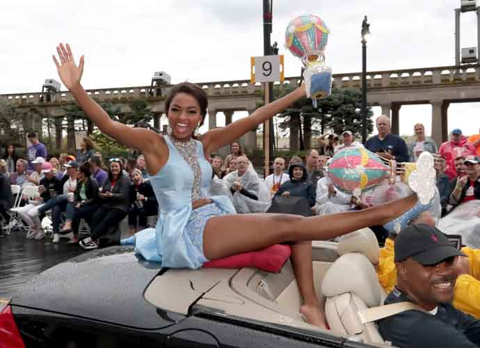 Asya Branch, First Black Woman To Represent Mississippi, Crowned Miss USA 2020