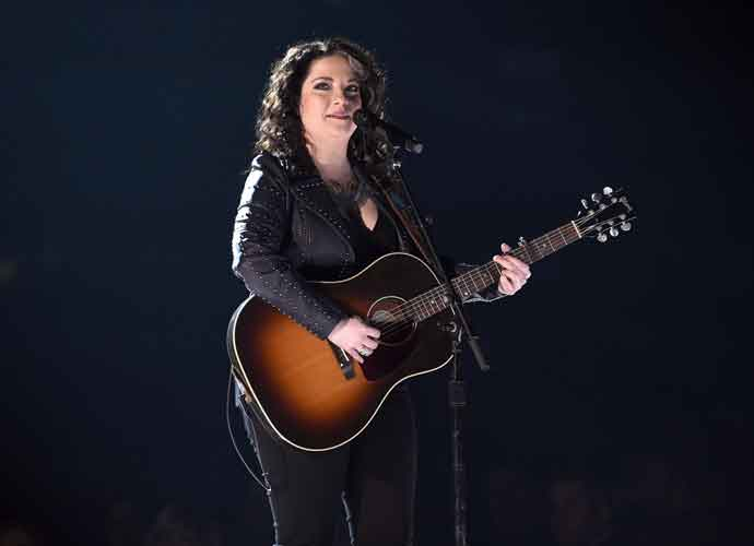Country Star Ashley McBryde Announces Rescheduled Concert Dates For 2021 [Dates, Deal & Ticket Info]