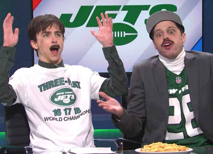 WATCH: 'Saturday Night Live' Roasts Newsmax & The Jets In Parody Sketch
