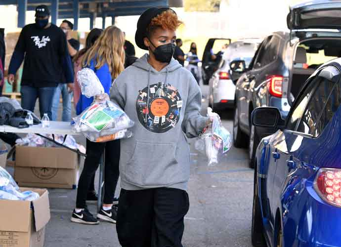 Janelle Monae Gives Back At Wondalunch Food Giveaway In L.A.