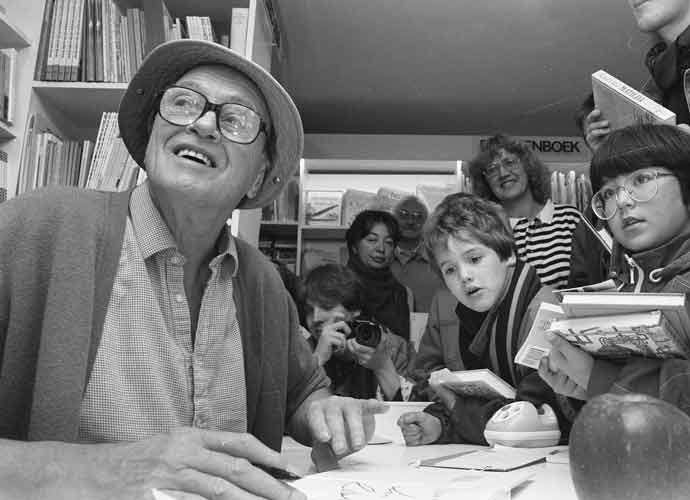Roald Dahl's Family Apologizes For Author's Antisemitic Comments