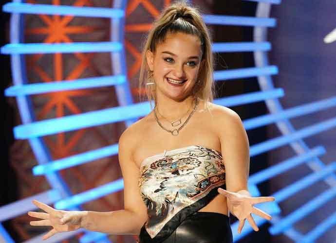 Kellyanne Conway Cheers On Her Daughter Claudia During 'American Idol's' Hollywood Week
