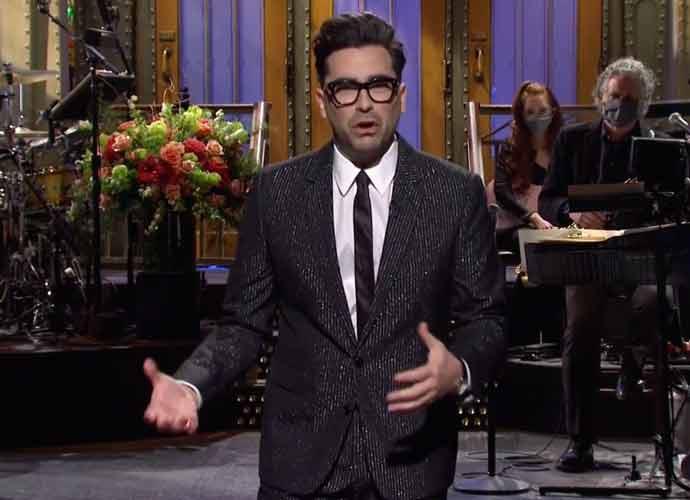 WATCH: 'Schitt's Creek'StarDan Levy Hosts 'Saturday Night Live'