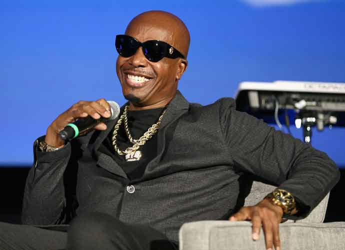MC Hammer's Philosophical Tweets Turned Into Memes