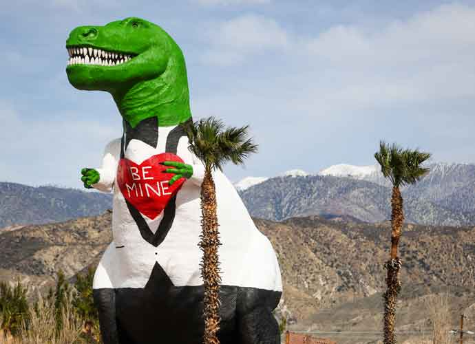 Iconic Cabazon Dinosaurs Get A Makeover To Celebrate Valentines Day