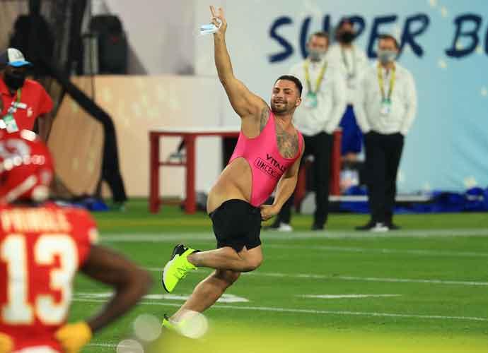 Streaker Dressed In Pink Leotard Onesie Runs Onto Field During Super Bowl, Planted By Prankster Vitaly Zdorovetskiy