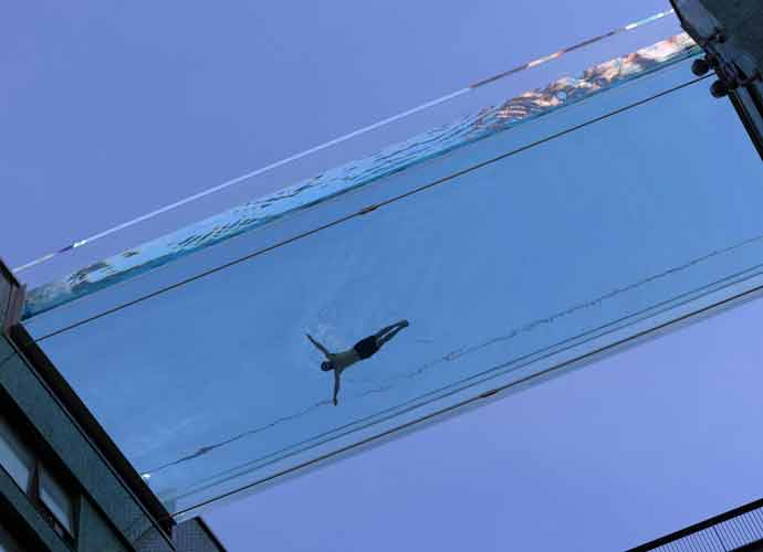 World's First Sky Pool Set To Open In London