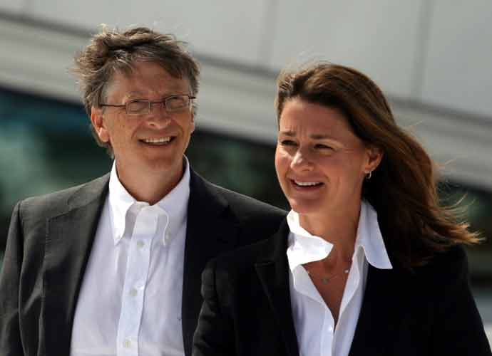 Billionaires Bill & Melinda Gates Announce Divorce After 27 Years Of Marriage – With No Prenup!