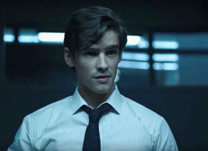 Brenton Thwaites & 'Titans' Cast Hype 3rd Season In New Video