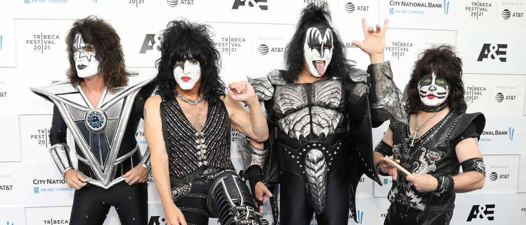 KISS Performs Mini-Concert At Tribeca Film Festival For Premiere Of 'KISStory'