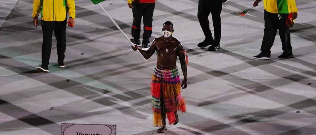 Vanuatu's Shirtless Riilio Rii Marches Into The Spotlight At Tokyo Olympics