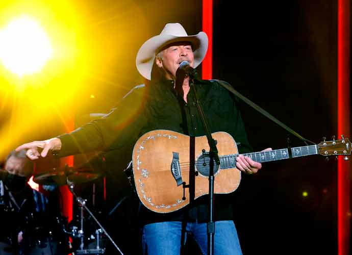 Alan Jackson Reveals That He Has Charcot-Marie-Tooth Disease