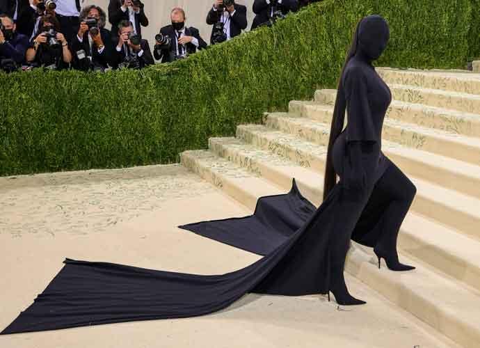 Kim Kardashian Surprises 2021 Met Gala With A Head-To-Toe Black Look