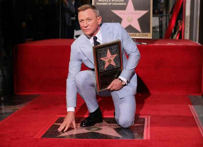 Daniel Craig Gets His Star On Hollywood Walk Of Fame