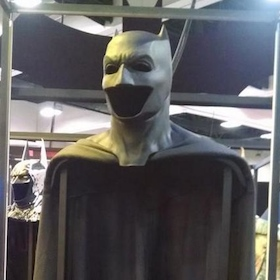 Ben Affleck's Batman Cowl On Display At Comic-Con, Zack ... Batman Cowl Ben Affleck