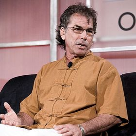 Former Grateful Dead Drummer Mickey Hart Denies Assault Allegations
