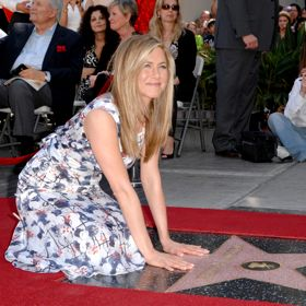 Jennifer Aniston Receives Hollywood Star, Quashes 'Friends' Reunion Rumors