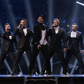 'NSYNC Reunites At 2013 MTV Video Music Awards With Justin Timberlake [VIDEO]