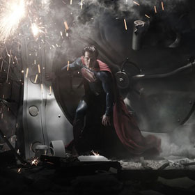 PHOTO: Henry Cavill Debuts New Superman Suit