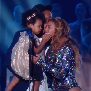 Blue Ivy Dances As Beyonce Performs, Steals The Show At The MTV VMAs