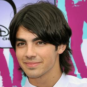 Jonas Brothers Mull Breakup