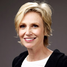 Jane Lynch Chokes Up Talking About Cory Monteith On 'Tonight Show'