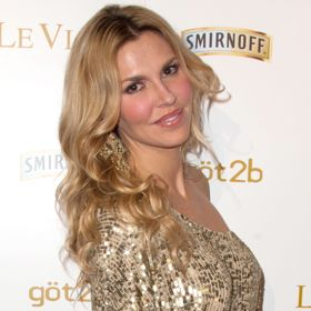 Brandi Glanville Suffers Nip Slip, Exposes Thong After Drunken Night Out