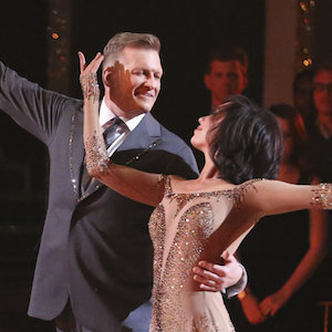 'Dancing With the Stars' Recap: Drew Carey Goes Home On Party Anthem Night