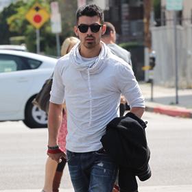 Joe Jonas Denies Sex Tape