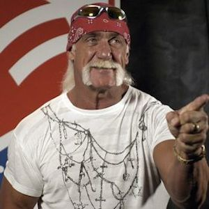 Woman Steals Autographed Hulk Hogan Wrestling Shoe, Returns It Days Later