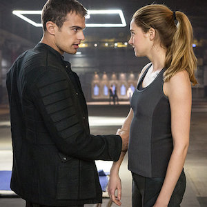 'Divergent' Review Roundup: Dystopian Young Adult Novel Adaptation Receives Mixed Reviews
