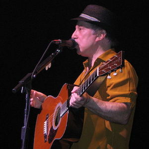 Paul Simon & Wife Edie Brickell Arrested For Disorderly Conduct