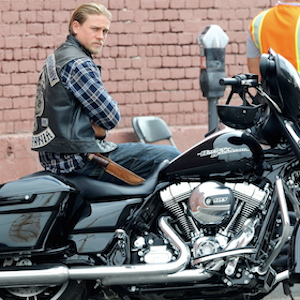 Charlie Hunnam Films Scenes For 'Sons Of Anarchy's Final Season
