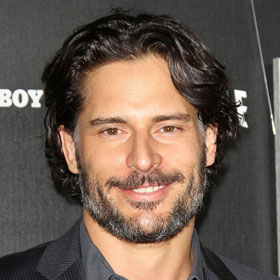 SPOILER: Joe Manganiello Shirtless In 'What To Expect When You're Expecting'
