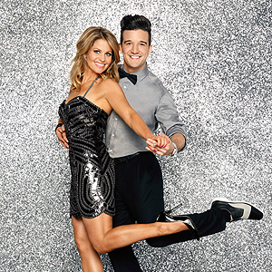 Mark Ballas Suffers Shoulder Injury; Possibly Sidelined For 'Dancing With The Stars' Finals