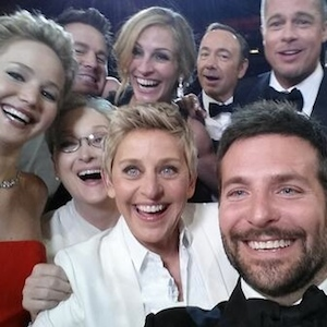 Ellen DeGeneres' Oscar Selfie With Meryl Streep, Lupita Nyong'o And More Breaks Record For Most Retweets And Temporarily Brings Twitter Down