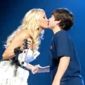 Carrie Underwood Gives Teen Chase Kurnick His First Kiss At Kentucky Concert