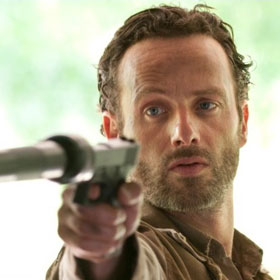 SPOILERS: 'The Walking Dead' Ends Fall Finale With Bloody Battle