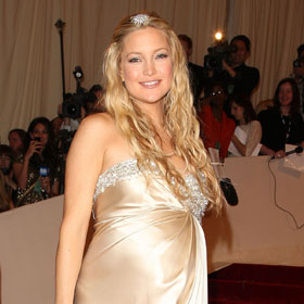 Kate Hudson Is Good As Gold At MET