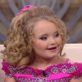 Honey Boo Boo Attacks Paparazzi … With Silly String
