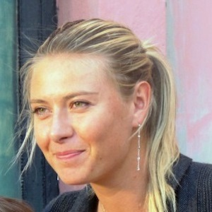 Maria Sharapova Led Russian Athletes In Olympic Opening Ceremony Torch Lighting