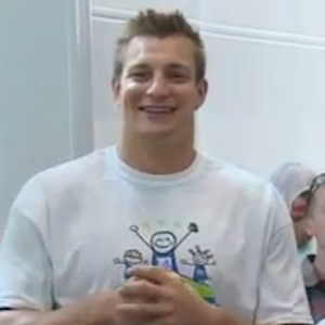 Rob Gronkowski Shaves Head To Raise Awareness For Pediatric Cancer