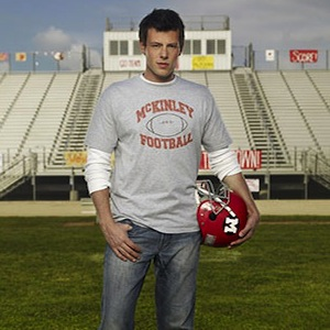 'Glee' Recap: Finn Hudson & Cory Monteith Remembered In 'The Quarterback'