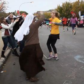 Chicago Marathon Runs Out Of Medals For Participants