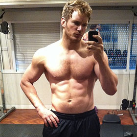Chris Pratt Flaunts 6-Pack Abs In Instagram Pic For 'Guardians Of The Galaxy'