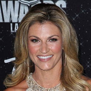 Erin Andrews Taking Over Pam Oliver's Job On Fox's No. 1 NFL Sideline Reporting Team