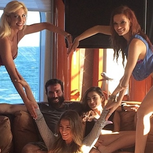 dan bilzerian talks guns women and heart attacks with howard stern uinterview. Black Bedroom Furniture Sets. Home Design Ideas